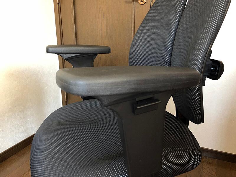 腰痛椅子 デュオレスト